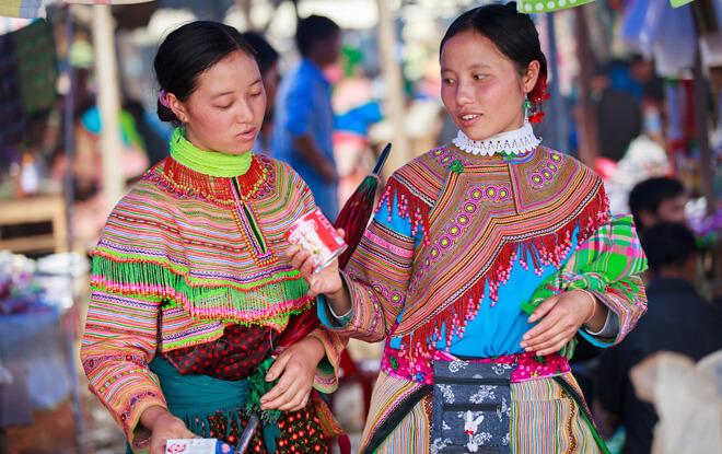 Les Hmong Fleur A Bac Ha Ethnie Du Vietnam Amica Travel