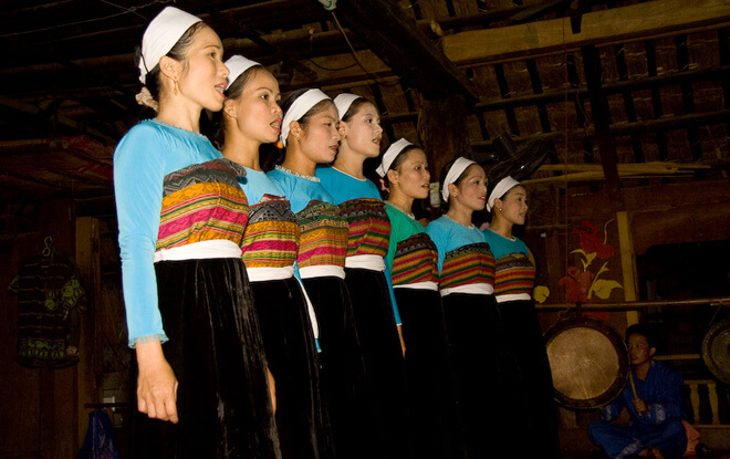 Danse traditionnelle des Thai - Amica Travel