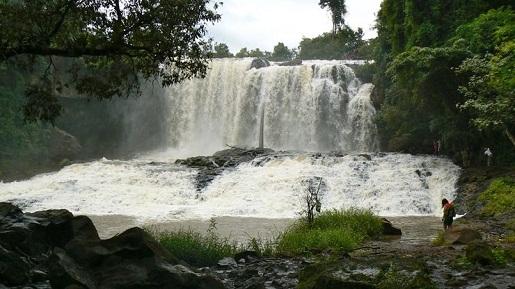 chute-d-eau-bousra