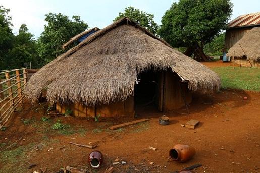 maison-traditionnelle-bunong